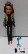 Mattel Monster High Clawd Wolf Sweet 1600 Doll Sunglasses Key