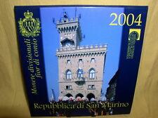San Marino  KMS 2004 st  mit  5 Euro Silber Borghesi