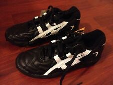 SIZE US 4 BOYS NEW WITHOUT  BOX  ASICS LETHAL JR TURF BOOT