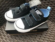 Kids CONVERSE ALL STAR CHUCK TAYLOR Black Boys trainers size 9