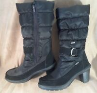 Pajar Canada Black Quilted Winter Boots -- Womens Sz 41 (US 9.5) -- Side Zip