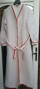 Vintage St Michael M&S Dressing Gown Quilted Floral White 80's / 90's Size 12/14