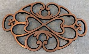 Pampered Chef Round-up From The Heart 2009 Cast Metal Trivet Copper Top