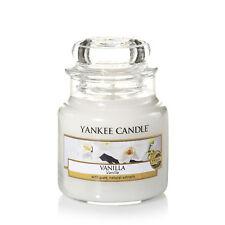 YANKEE CANDLE Candela profumata Vanilla giara piccola durata 40 ore