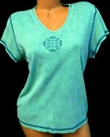 Covington vintage green plus embellished medallion v-neck short sleeve top XL