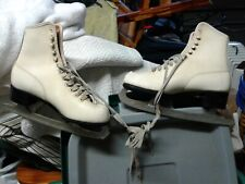 Vintage White Women'S Ice Skates - Great Holiday Decor Accent-Size 7-8 ? Pics