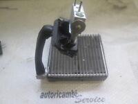 FIAT bravo 1.4 Benz / LPG 6M 66KW (2009) Remplacement Évaporateur Climatisation