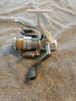 Quantum HYPERCAST HC3 Spinning Reel 3 bearing Easy Casting!!