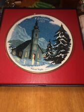 1975 Christmas Plate-Silent Night Wall Hanging by Danbury Mint Vgc/Box