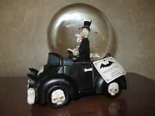 "NWT Musical Skeleton Bride Groom ""Love Bug"" Snow/Water Globe,Wedding-Halloween!!"