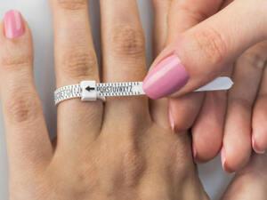 UK RING SIZER ADJUSTABLE MEASURE FINGER SIZE GAUGE FOR MEN & WOMEN FREE POSTAGE