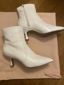 stuart weitzman boots 7.5 White Leather