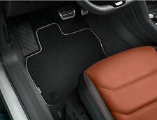 Volkswagen Original Textilfußmatten Premium für Tiguan Allspace mit Schriftzug