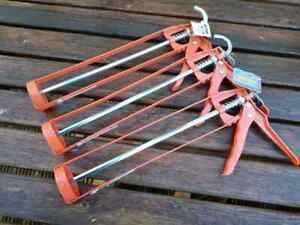 """3 x Toolzone 11"""" Cast Alloy Skeleton Type Mastic Caulking Gun Silicone Red"""