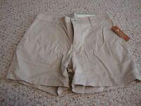Women's NWT SONOMA everyday short khaki shorts, 8