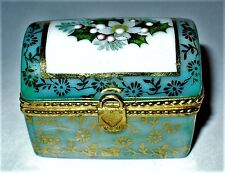 LIMOGES BOX ~ CHRISTMAS ~ FLORAL CHEST ~ HOLLY & PINE & POINSETTIA ~ FLOWERS