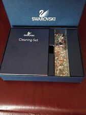 SWAROVSKI Cleaning Kit: Brush, Gloves and Decorative Crystals 200454