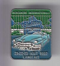 RARE PINS PIN'S .. AUTO CAR ANCIENNE OLD CLUB USA CADILLAC 1992 LANGEAIS 37 ~C6