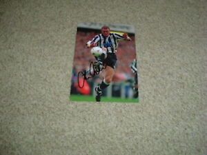 STEVE WATSON - NEWCASTLE UNITED - SIGNED 6 X 4 PHOTOGRAPH