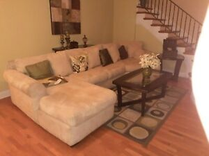 living room furniture set used