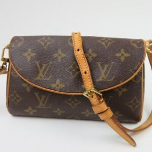 LOUIS VUITTON  Monogram Cross body diagonal hanging OK Shoulder Bag Women 10676