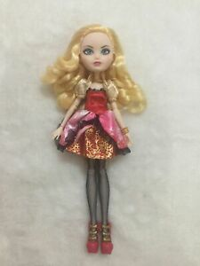 ever after high Apple White doll monster high