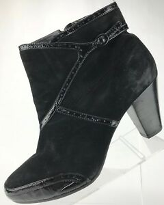Clarks Artisan Ankle Boots- Side Zip Suede Fashion Heel Booties Womens 11M Black