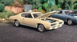 * 1/64 * Johnny Lightning * 1969 Pontiac GTO * Muscle Cars Box Set 2005 *