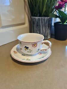 A-3) Villeroy & Boch Petite Fleur - Beautiful Tea Coffee Cup Mug & Saucer 6x8.5