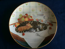 Franklin Mint Cat Nap collectors plate (very minor rim gilt wear)
