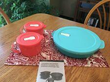 New TUPPERWARE CrystalWave Plus Divided Dish & 2 Pc Soup Mug Set ~ Microwavable