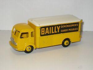 Simca cargo BAILLY DINKY TOYS modèle d'ORIGINE