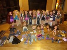 *UPDATED, 4 MORE DOLLS* 2001 Orig Bratz Lot With 22 Dolls & 26 pc Clothes & Acc.