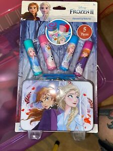 Disney Frozen 2 Elsa Anna Lip Balm Flavored Cosmetics Set in Tin Carry Case New!