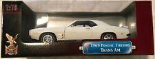 MINT Yat Ming Road Signature Deluxe Edition 69 Pontiac Firebird Trans Am 1:18