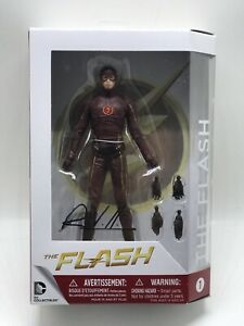 """DC Collectibles CW TV Series FLASH 7"""" Figure Signed By Robert Venditti"""