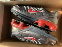 NIKE IN BOX BOYS SHOX TURBO SNEAKERS SHOES US 1Y EUR 32 New $65, selling for $20