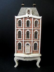 Exquisite 1/144th scale dolls' house for a 1/12th doll's house by Celia Mayfield
