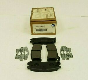 Mopar Disc Brake Pad Set V2013144AC NOS SHIPS FREE PRIORITY
