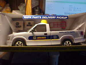 """First Gear 2005 NAPA Parts Delivery Pickup Truck with Working Lights 16"""" Long"""