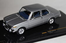 BMW 2002 1972 silber 1:43 Ixo neu & OVP CLC253