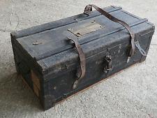 Ancienne caisse coffre en bois de pharmacien vieux metier art populaire malle