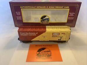 MTH Premier 20-94028 MTHRRC 2002 Canfor Reefer Car #2102 O Gauge New