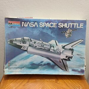 VINTAGE 1979 MONOGRAM NASA SPACE SHUTTLE 1/72 RARE MODEL KIT 20 INCH LONG