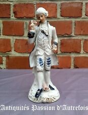 B201949 - Figurine de 20 cm en biscuit de porcelaine 1950-70 - Très bon état
