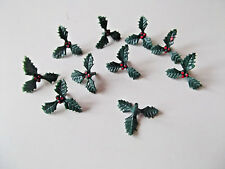 10 X SMALL 3 LEAF HOLLY & BERRIES ON PICK 25MM CHRISTMAS CAKE TOPPER,DECORATION
