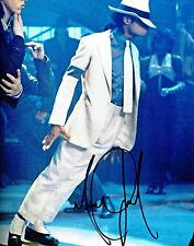 Michael Jackson Signed Photograph & Graphologist Expert COA.