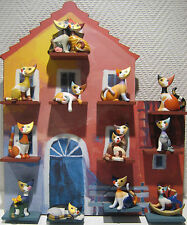 Goebel, Rosina Wachtmeister Katzenhaus, kpl. bestückt mit 12 Katzen