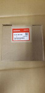 Honda 16100-Z9E-033 Carburetor - Genuine OEM - New in Box