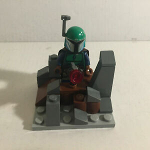 Authentic Lego Star Wars Green Mandalorian Lego Minifigure with Defense Fort